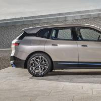 新款BMW iX推出了370千瓦以上的电动SUV续航里程超过600公里