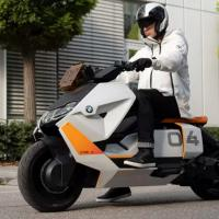 宝马的新型电动踏板车概念旨在成为您完美的赛博朋克坐骑