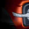 WEY品牌全新越野SUV车身侧后与前后大灯的细节图