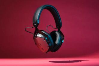 V Moda的经典耳机设计终于实现了主动降噪