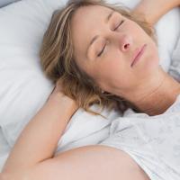 慢波睡眠过程中有针对性的经颅电刺激可以使特定发作的元